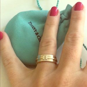 Silver Tiffany T ring size 5